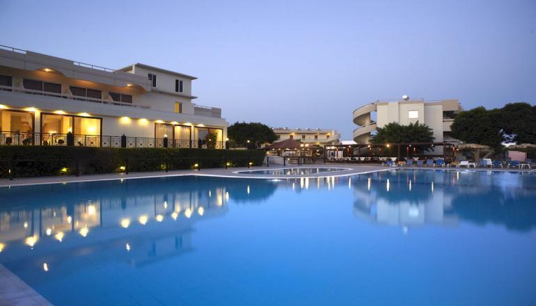 Delfinia Hotel - Ρόδος ✦ -48% ✦ 4 Ημέρες (3 Διανυκτερεύσεις)