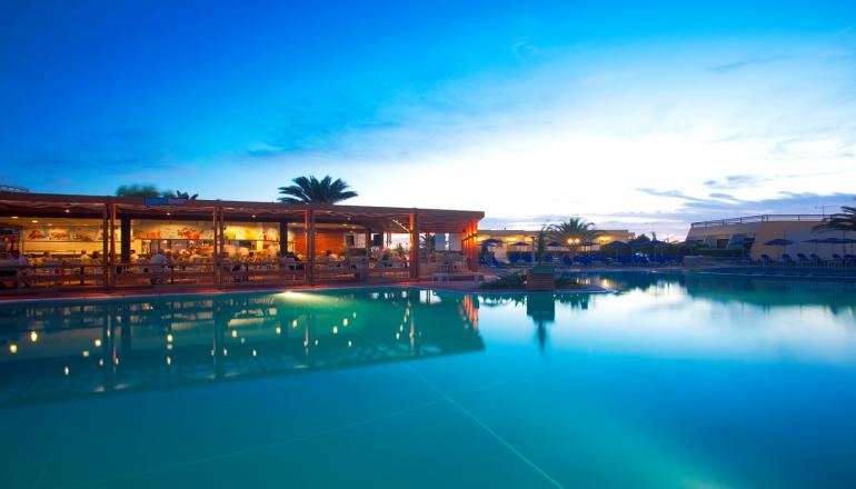 4* Smartline Cosmopolitan Hotel - Ρόδος ✦ -29% ✦ 4