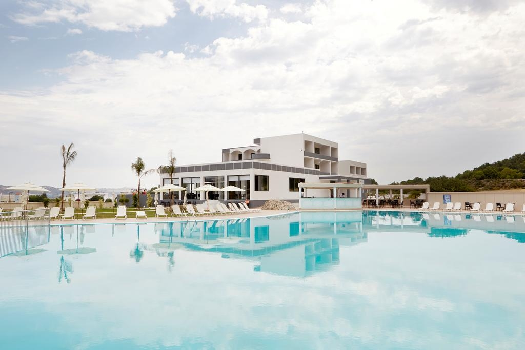 SunConnect Evita Resort - Ρόδος ✦ -53% ✦ 4 Ημέρες (3