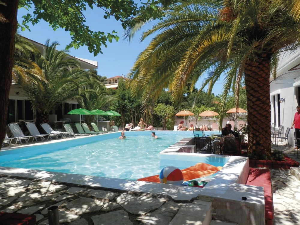 Sunshine Inn Hotel - Λευκάδα ✦ -30% ✦ 4 Ημέρες (3 Διανυκτερεύσεις)