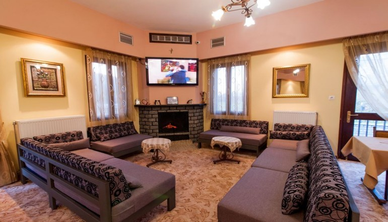 Exohi Hotel - Ιωάννινα ✦ -44% ✦ 4 Ημέρες (3 Διανυκτερεύσεις)