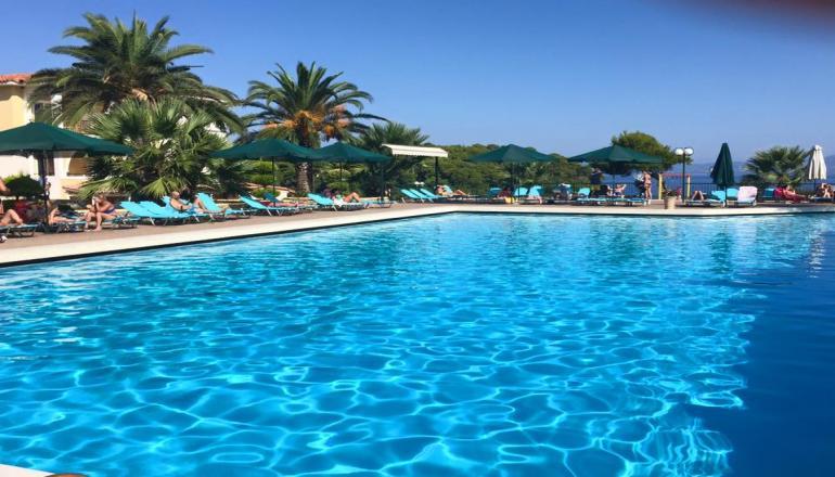 4* Aristoteles Beach Hotel - Χαλκιδική ✦ -60% ✦ 2 Ημέρες