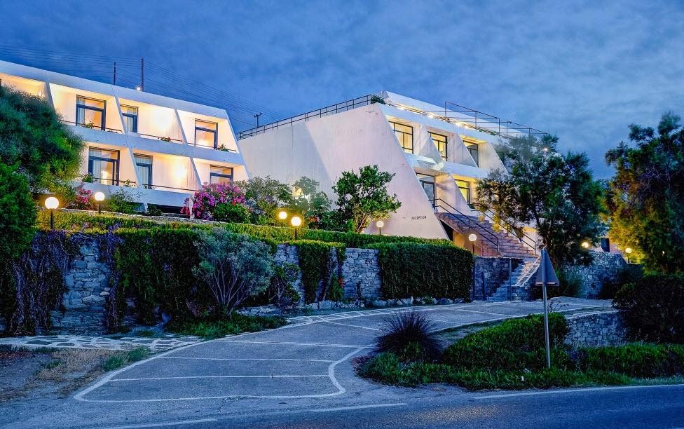Hotel Hippocampus - Πάρος ✦ -46% ✦ 2 Ημέρες (1 Διανυκτέρευση)