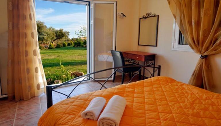 Lagouvardos Apartments - Μεσσηνία ✦ -60% ✦ 3 Ημέρες