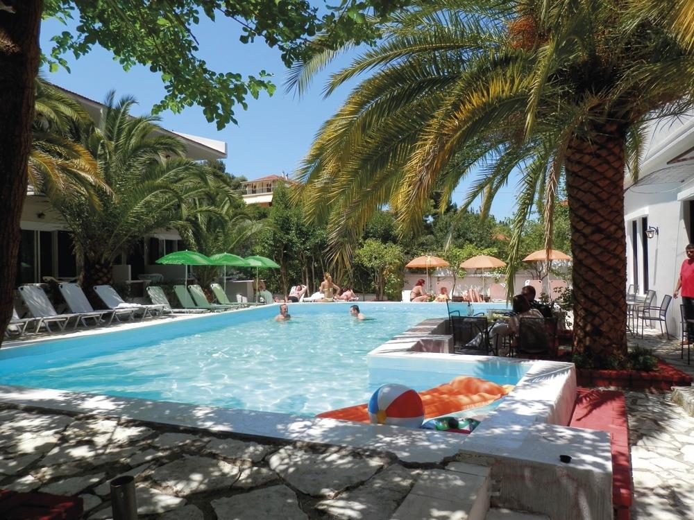 Sunshine Inn Hotel - Λευκάδα ✦ -60% ✦ 3 Ημέρες (2 Διανυκτερεύσεις)