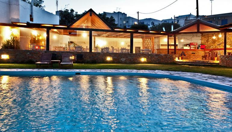Aeolos Bay Hotel - Τήνος ✦ -60% ✦ 3 Ημέρες (2 Διανυκτερεύσεις)