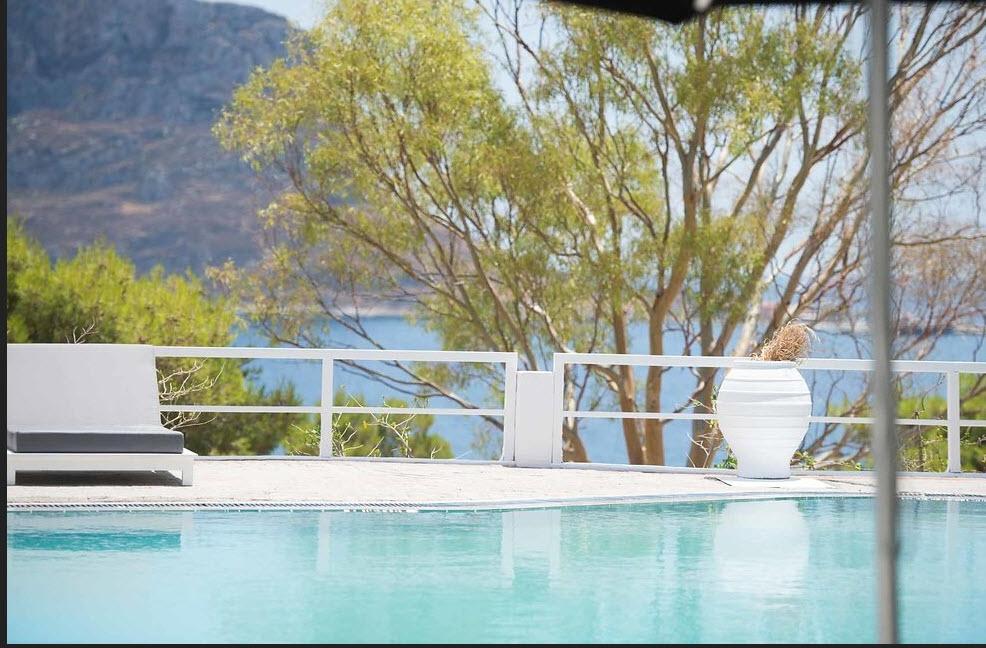 4* Akra Morea Hotel & Residences by Mr & Mrs