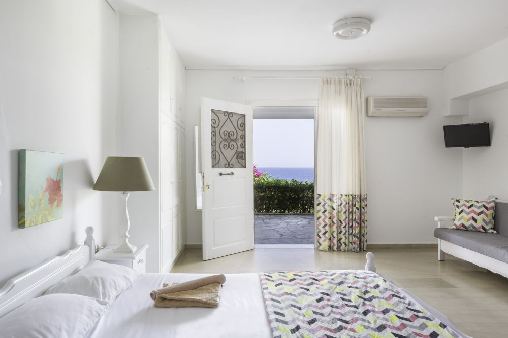 Douka Sea Front Residencies - Μονεμβασιά ✦ -24% ✦ 2