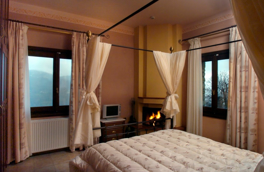 4* Miression Traditional Guesthouse & Holiday House