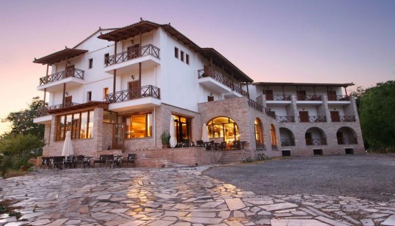 Mont Helmos Hotel - Καλάβρυτα ✦ -50% ✦ 3 Ημέρες (2