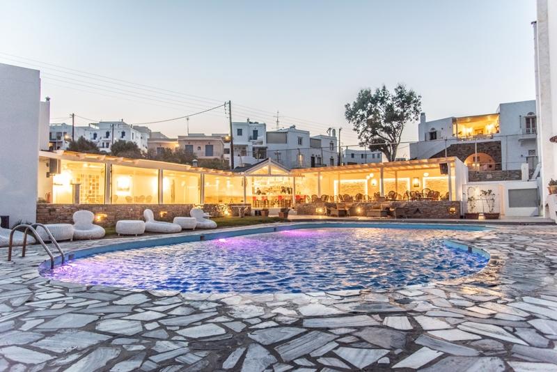 Aeolos Bay Hotel - Τήνος ✦ -60% ✦ 4 Ημέρες (3 Διανυκτερεύσεις)