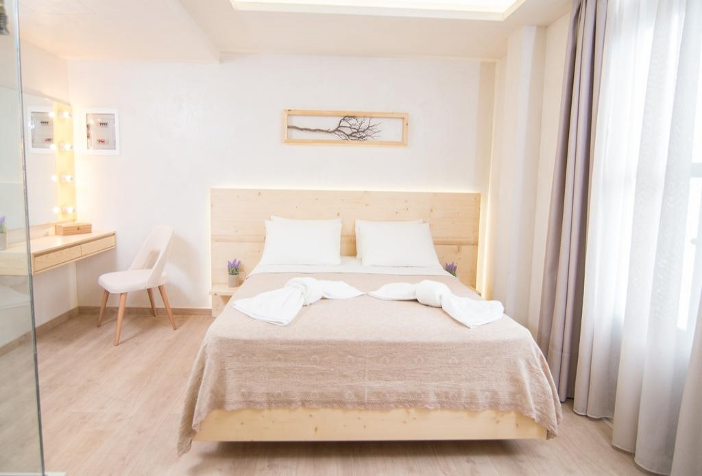 Panellinion Luxury Rooms - Καλαμάτα ✦ 2 Ημέρες (1 Διανυκτέρευση)