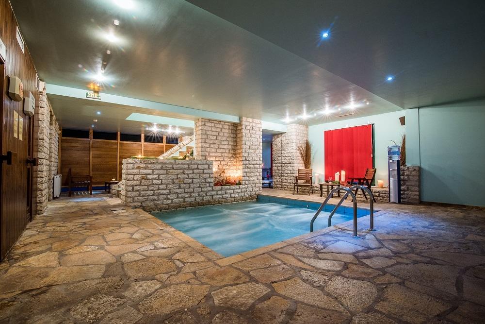 5* AVARIS Hotel - Καρπενήσι ✦ -40% ✦ 4 Ημέρες (3 Διανυκτερεύσεις)