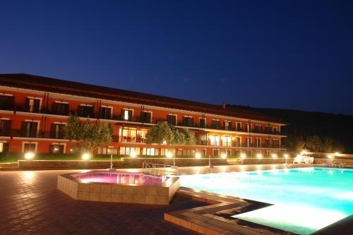 4* Europa Beach Hotel - Γαλαξίδι Φωκίδας ✦ -45% ✦ 4