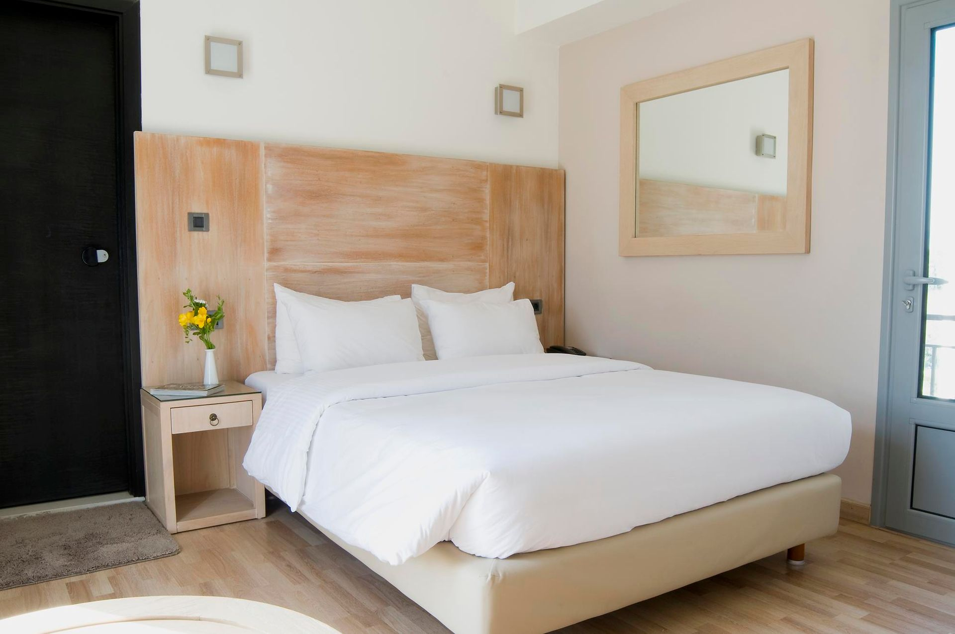 Areos Hotel Athens - Αθήνα ✦ 2 Ημέρες (1 Διανυκτέρευση)