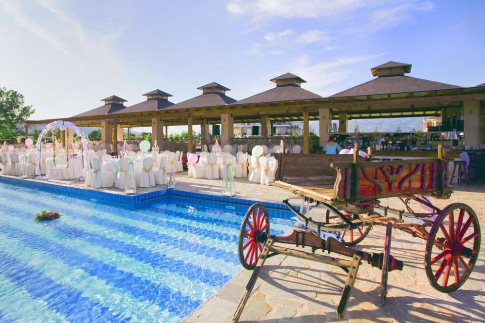 4* Cezaria Hotel - Ιωάννινα ✦ -50% ✦ 2 Ημέρες (1 Διανυκτέρευση)