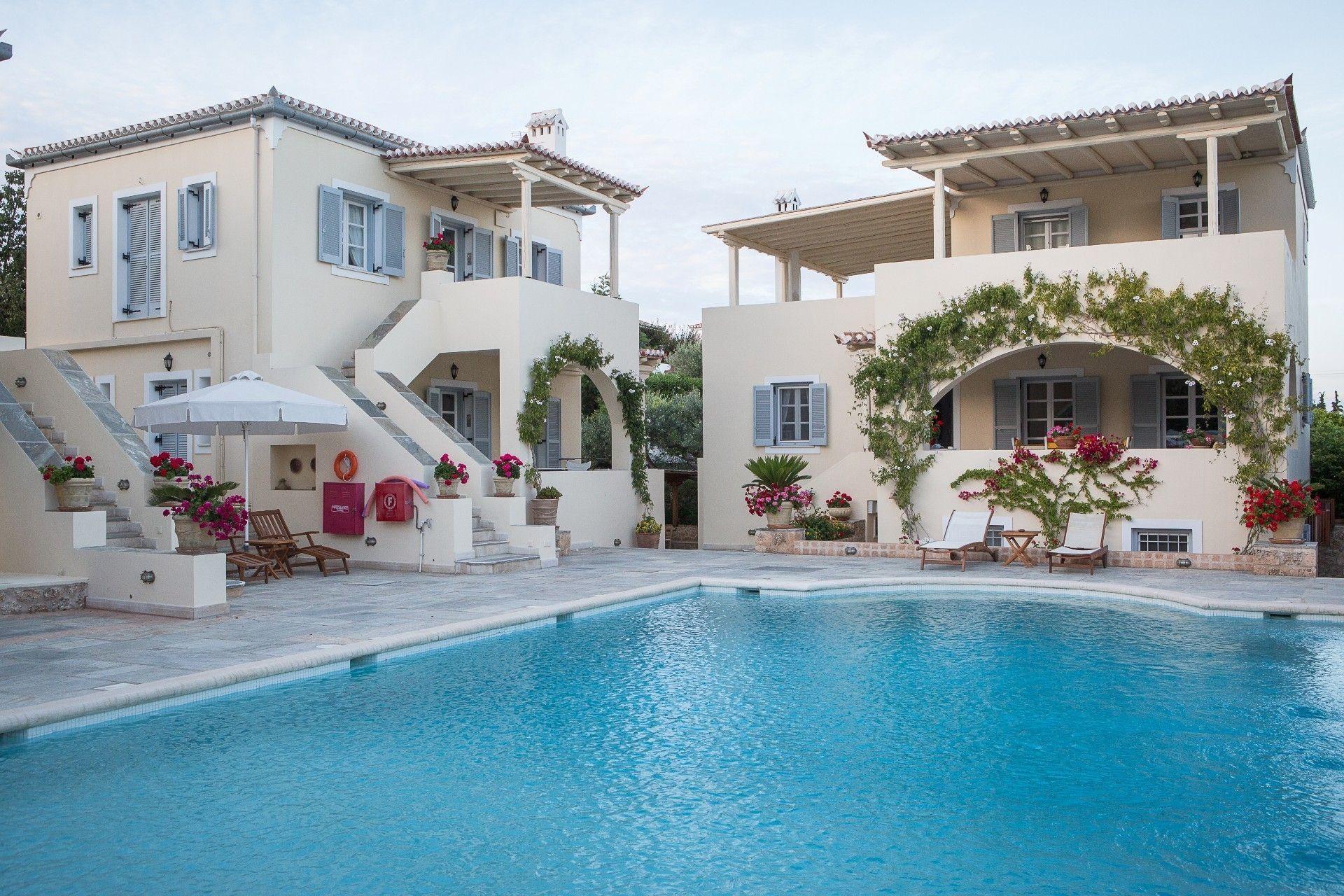 Villa Nika Boutique Hotel - Σπέτσες ✦ -36% ✦ 3 Ημέρες