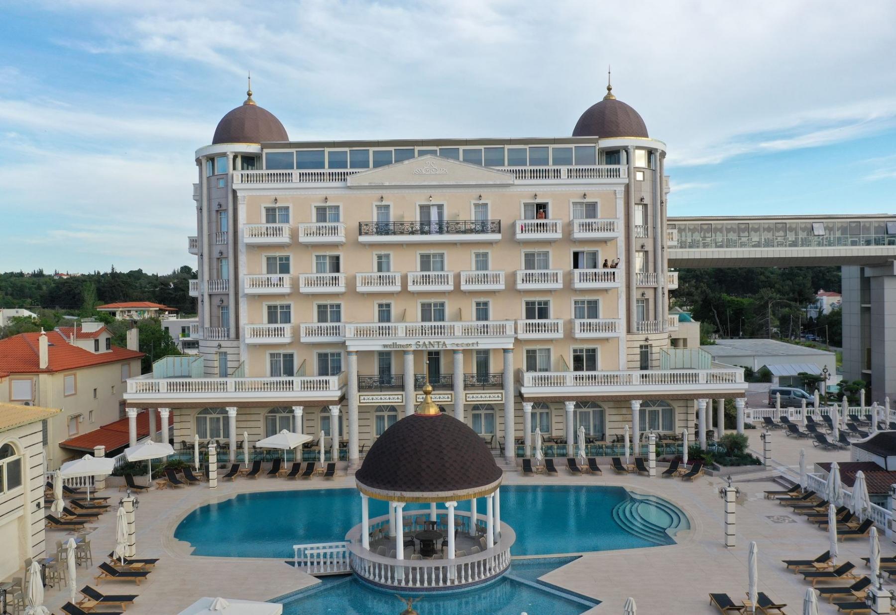 5* Wellness Santa Beach Hotel - Θεσσαλονίκη ✦ 2 Ημέρες