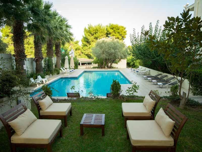 Myrto Hotel - Νέα Μάκρη, Αθήνα ✦ 2 Ημέρες (1 Διανυκτέρευση)