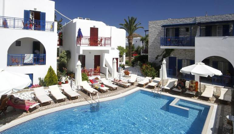Katerina Hotel - Νάξος ✦ -25% ✦ 2 Ημέρες (1 Διανυκτέρευση)