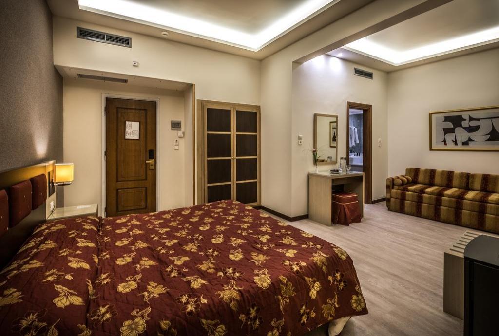 Rex Hotel - Ναύπλιο ✦ -21% ✦ 2 Ημέρες (1 Διανυκτέρευση)