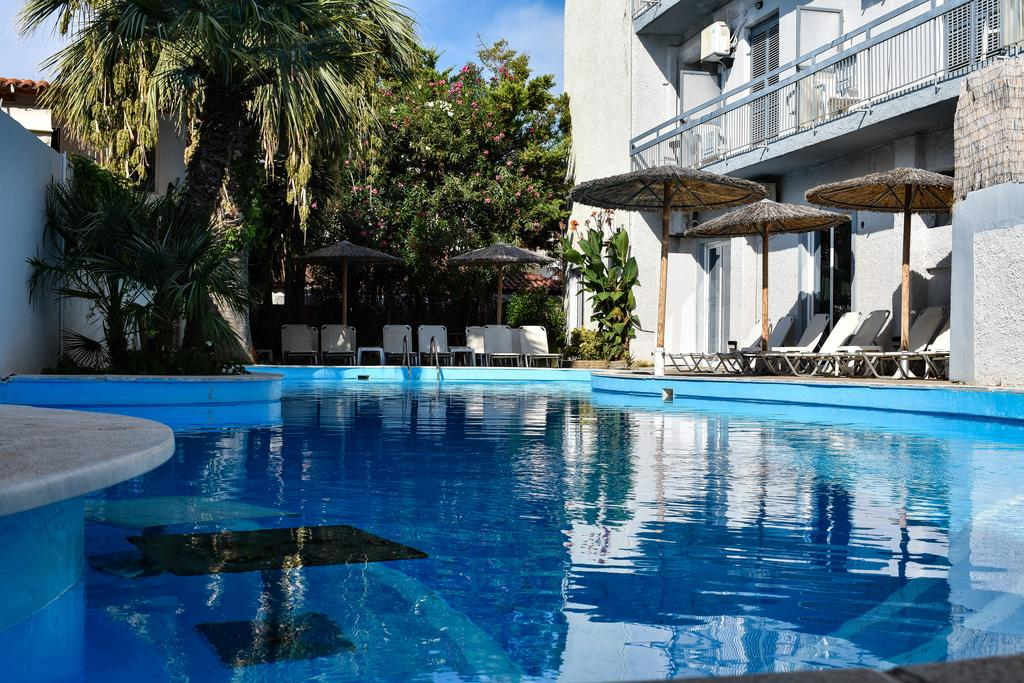 Kanelli Beach Hotel - Σελιανίτικα, Αίγιο ✦ -25% ✦ 4