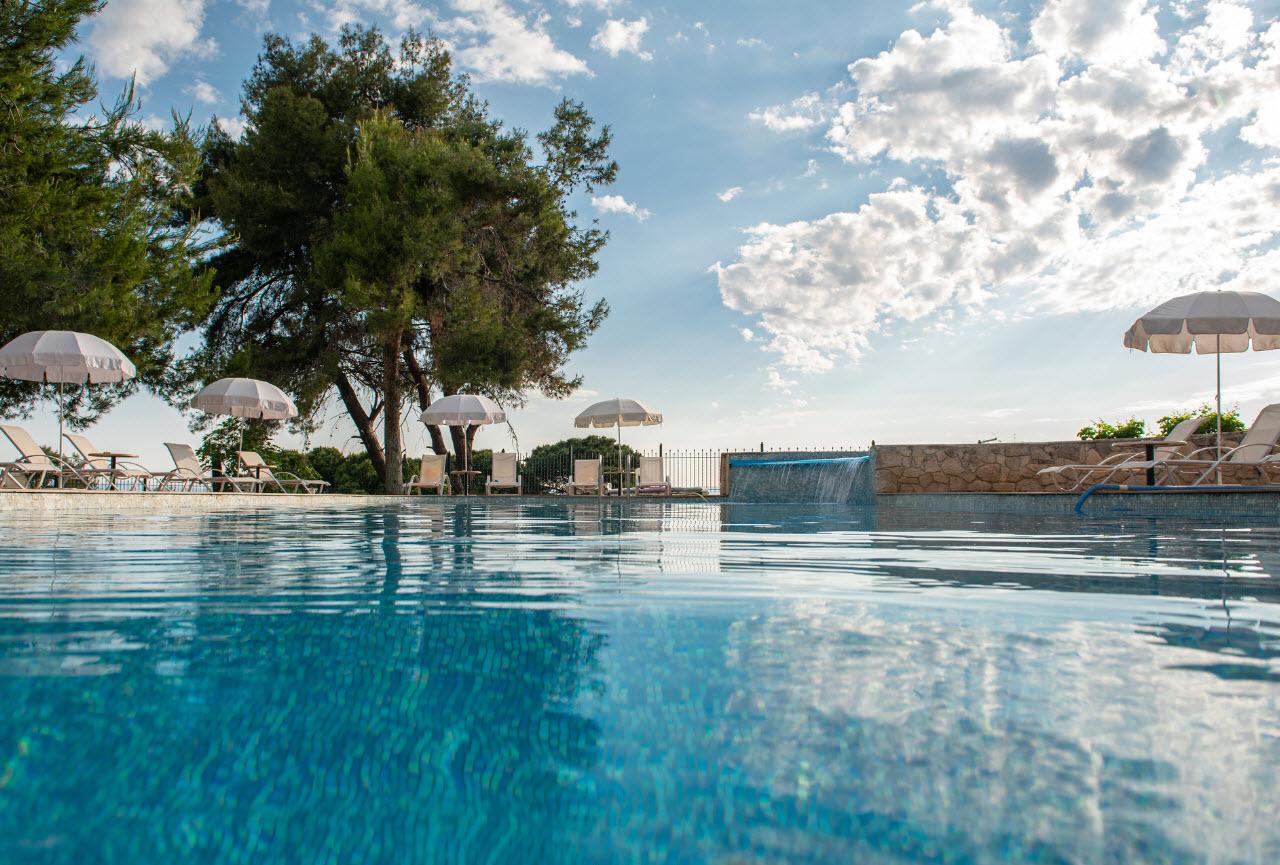 4* Lesse Hotel - Χανιώτη, Χαλκιδική ✦ -40% ✦ 3 Ημέρες