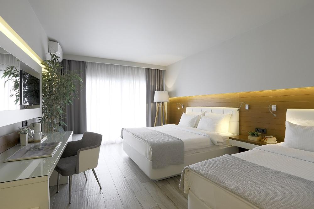 4* San Panteleimon Hotel - Πλαταμώνας Πιερίας ✦ -30%