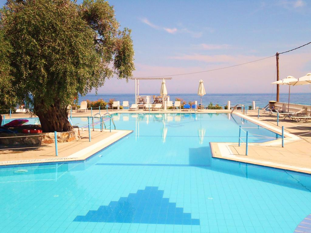 4* Maranton Beach Hotel - Κοινύρα, Θάσος ✦ 2 Ημέρες