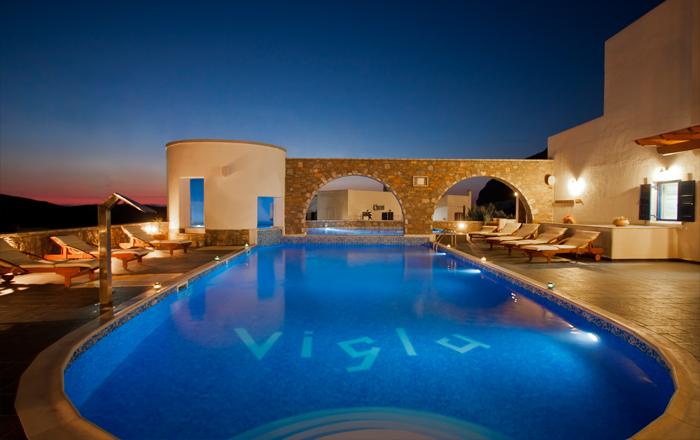 4* Vigla Hotel - Θολάρια, Αμοργός ✦ 2 Ημέρες (1 Διανυκτέρευση)