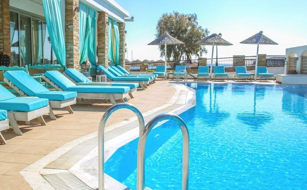 Chryssi Akti Hotel - Μπατσί, Άνδρος ✦ 4 Ημέρες (3 Διανυκτερεύσεις)