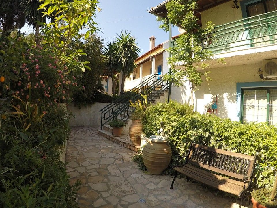 Andromaches Holiday Apartments - Κέρκυρα ✦ 3 Ημέρες