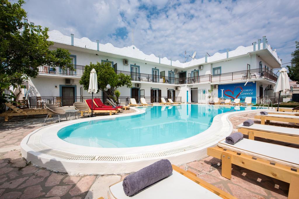 Aquarius Beach Eco Hotel - Κέρκυρα ✦ 2 Ημέρες (1 Διανυκτέρευση)