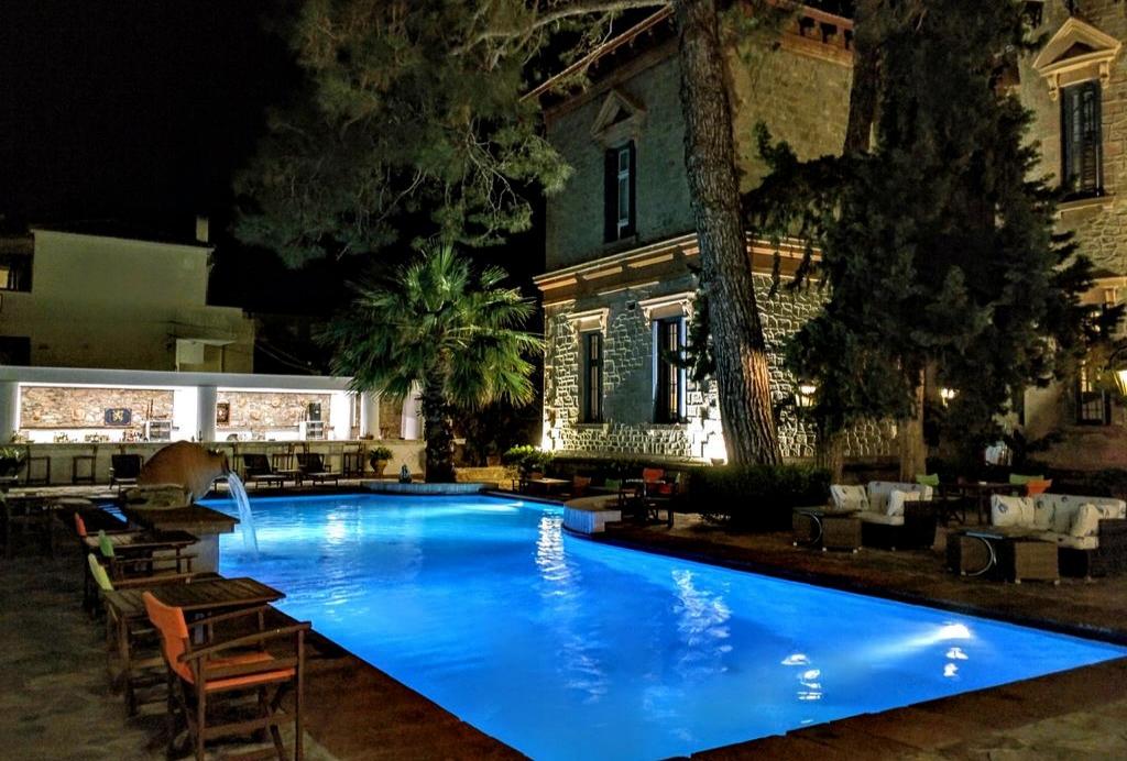 Loriet Hotel -Βαρειά, Μυτιλήνη ✦ 2 Ημέρες (1 Διανυκτέρευση)