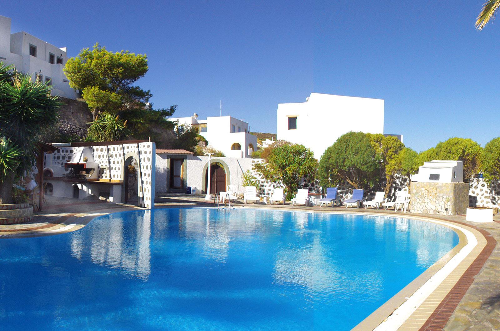Anamar Patmos Hotel - Πάτμος ✦ -22% ✦ 2 Ημέρες (1 Διανυκτέρευση)
