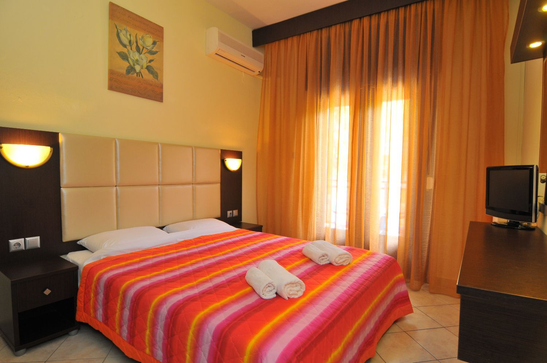 Beach Hotel Thassos - Θάσος ✦ -51% ✦ 2 Ημέρες (1 Διανυκτέρευση)