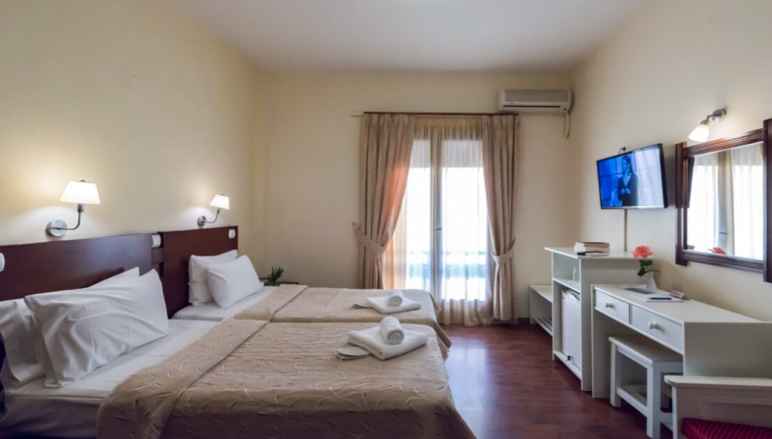 Hotel Akroyali - Άγιος Ανδρέας, Μεσσηνία ✦ -30% ✦ 3