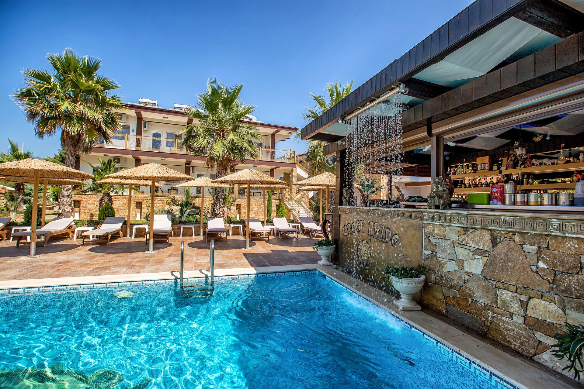 Greek Pride Hotel & Apartments - Παραλία Φούρκας