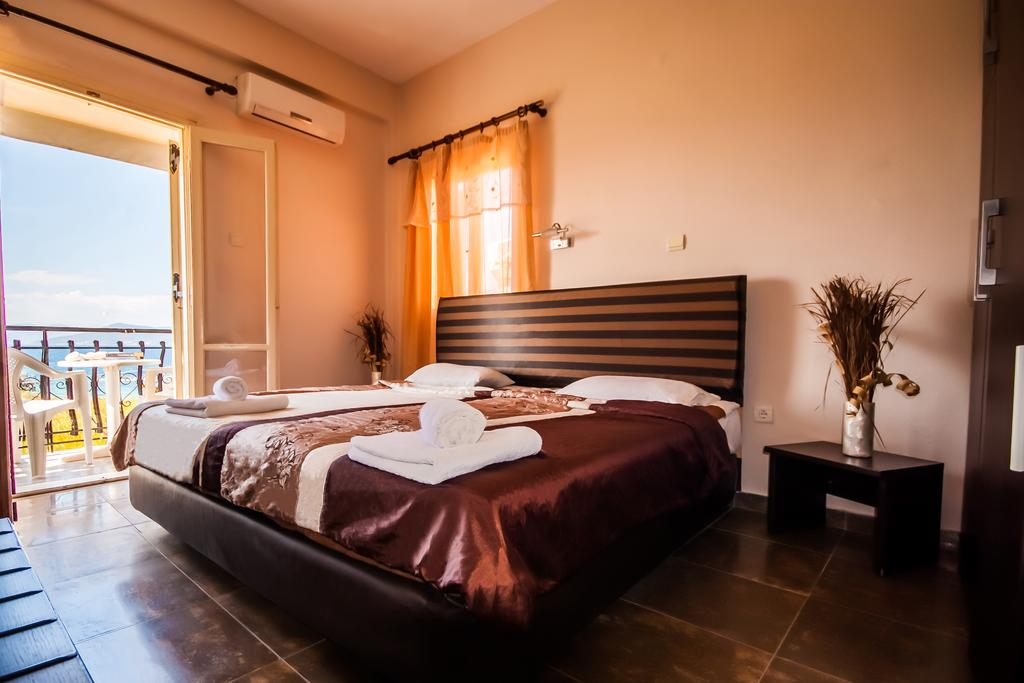 Ulrika Hotel - Αίγινα ✦ -30% ✦ 4 Ημέρες (3 Διανυκτερεύσεις)