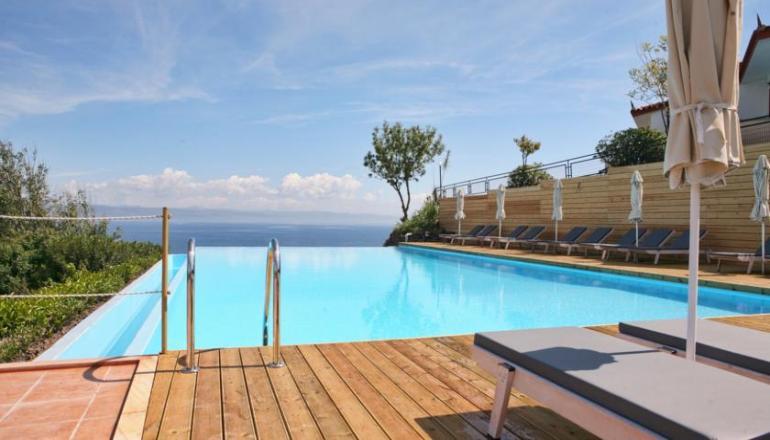 4* Belvedere Aeolis Hotel - Μυτιλήνη, Μήθυμνα ✦ -41%
