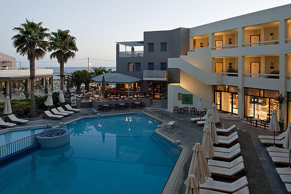 4* Pearl Beach - Ρέθυμνο, Κρήτη ✦ 2 Ημέρες (1 Διανυκτέρευση)