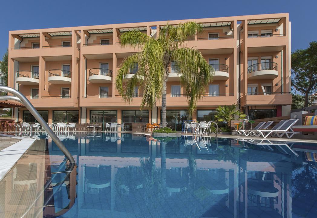4* Flisvos Royal Hotel - Τολό ✦ -10% ✦ 3 Ημέρες (2