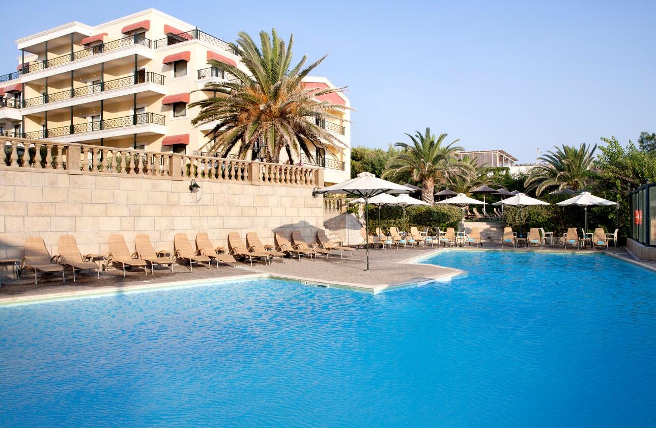 4* Ramada Athens Attica Riviera - Νέα Μάκρη ✦ -45%