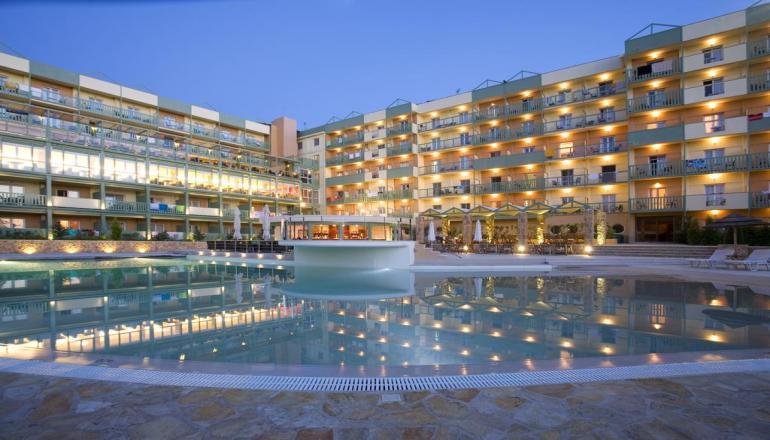 4* Ariti Grand Hotel - Κανόνι, Κέρκυρα ✦ -32% ✦ 4 Ημέρες