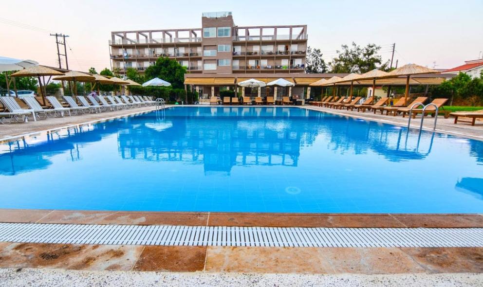 Aqua Mare Resort - Ξυλόκαστρο ✦ -30% ✦ 4 Ημέρες (3