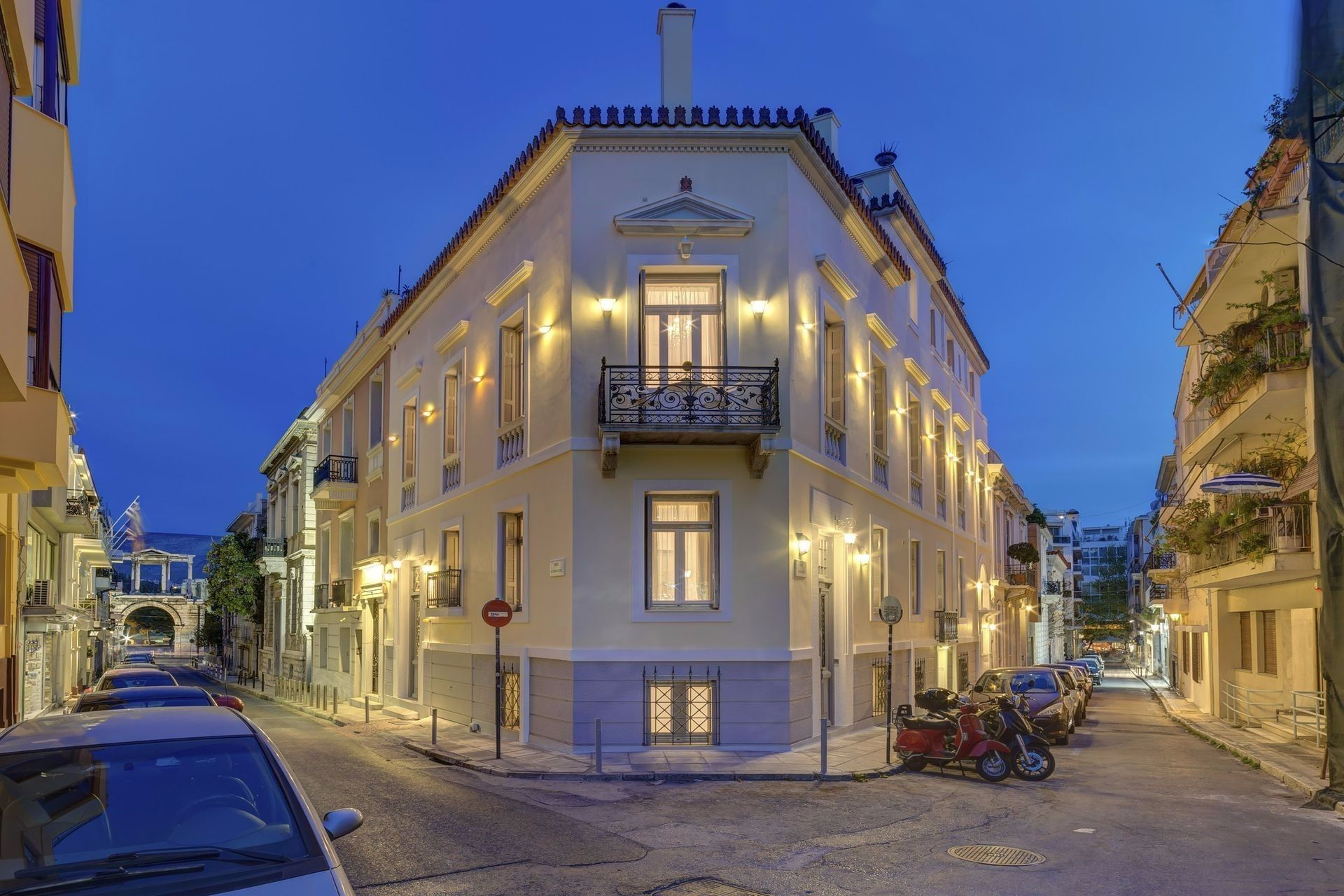 Home & Poetry Athens - Αθήνα ✦ -26% ✦ 2 Ημέρες