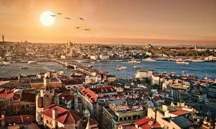25η Μαρτίου: 4 ημέρες με πούλμαν & συνοδό από Θεσσαλονίκη.