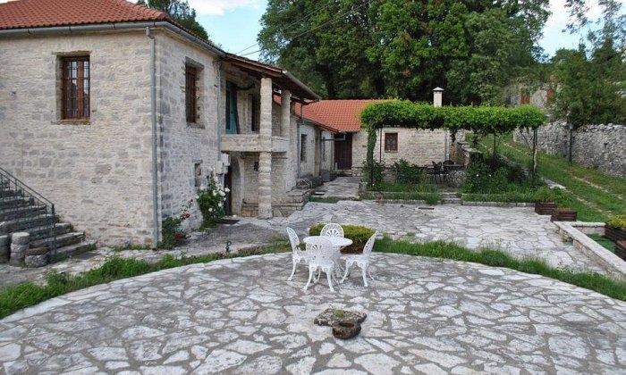 Ξενώνας Ροδάμι | Καλέντζι, Τζουμέρκα, Ιωάννινα