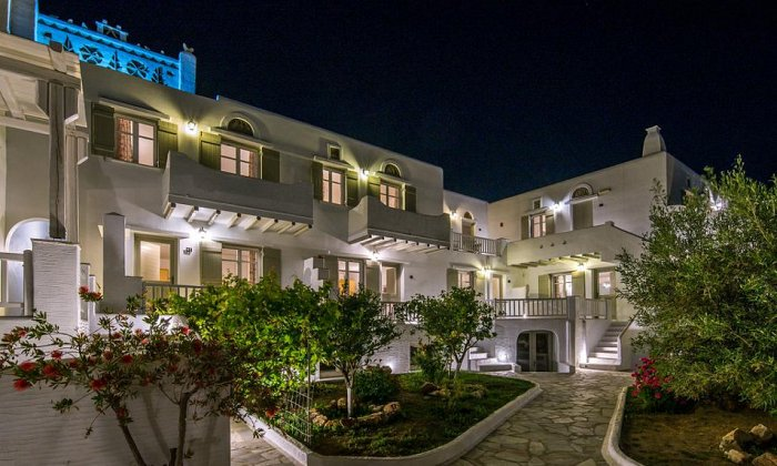 4* Cavos Hotel & Suites | Άγιος Σώστης, Τήνος