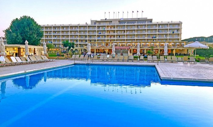 3* Messonghi Beach Hotel   Κέρκυρα